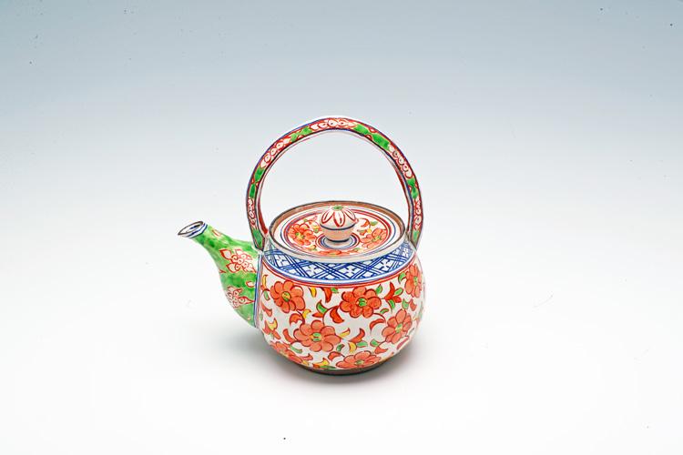 Earthen teapot